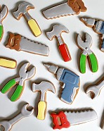 Father's Day Toolbox Cookies {How-To and Toolbox Template}