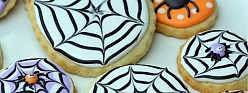 How to Make A Spider Web Decorated Cookie