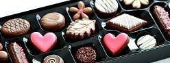 (Video) Simple Valentine Box of Chocolates Decorated Cookies