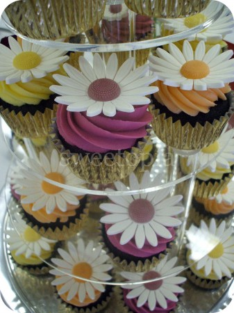 sunflower-cupcakes-337x450