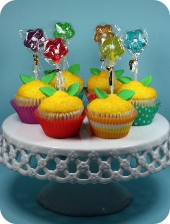 rainbow-flower-cupcakes