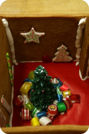 inside of gingerbread house christmas tree