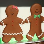 gingerbread-boy-gingerbread-girl-floodwork-450x300