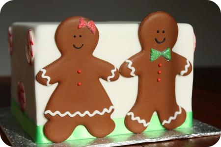 gingerbread-boy-gingerbread-girl-floodwork-450x300