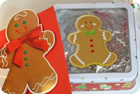 include card in package gingerbread boy