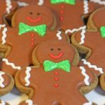 tray-of-gingerbread-men-cookies2-300x450