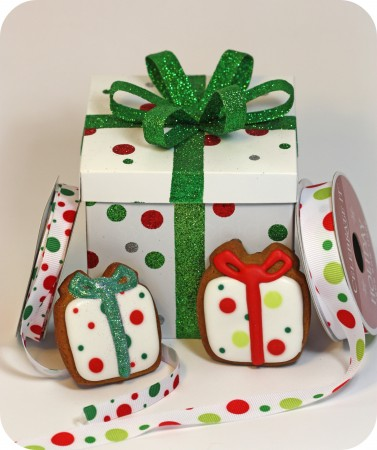 white red lime green polka dot gift box cookies