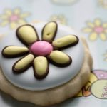 flower-cookie-with-crater-450x353