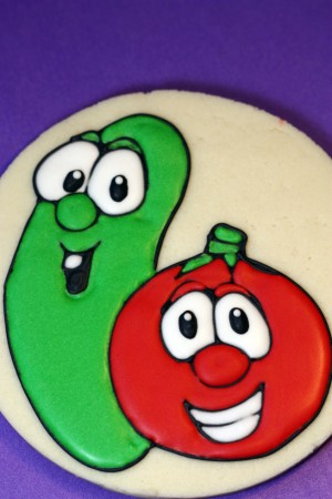 Gluten-Free Decorated Veggie Tale Cookies | Sweetopia Veggie Tales Larry The Cucumber And Bob The Tomato