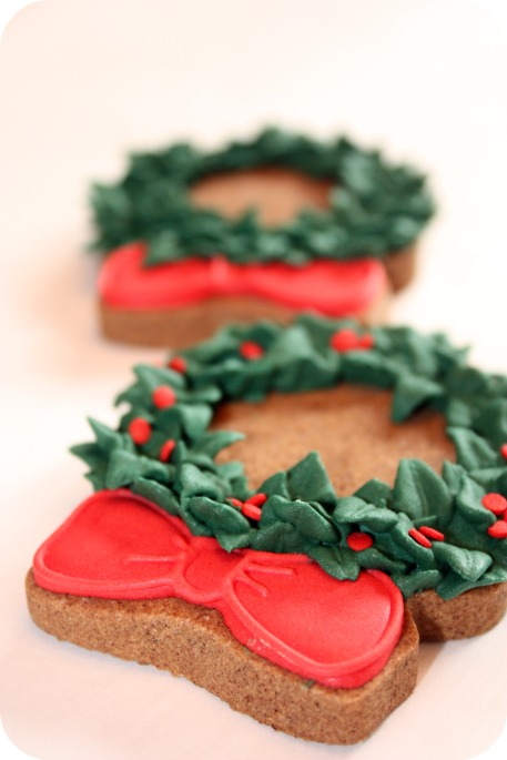 Christmas Wreath Decorated Cookies & More