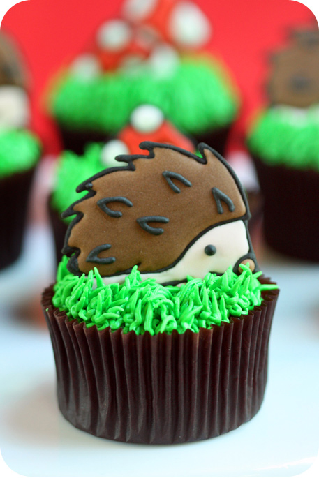 hedgehog-cupcake