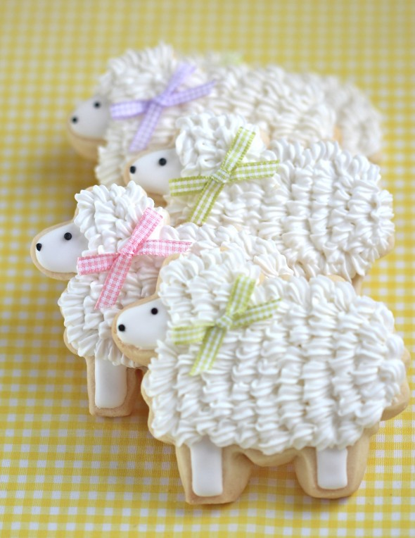 How to Make Cute Easter Bunny and Lamb Cookies | Sweetopia