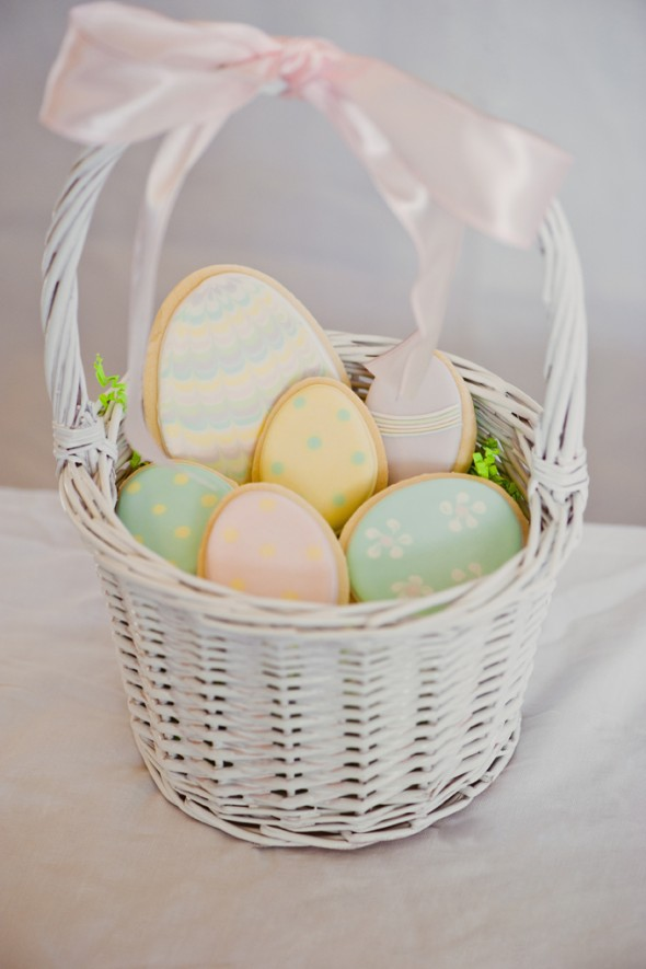 Pretty easter cookie packaging presentation sweetopia pin it negle Image collections