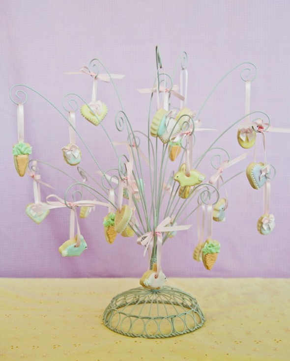 Mini Easter Decorated Cookies {Easter Tree}