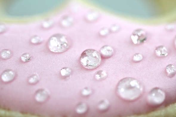 Making Edible Dew Drops For Sweets Sweetopia