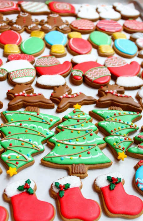 Decorating Christmas Cookies.Christmas Cookies Sweetopia