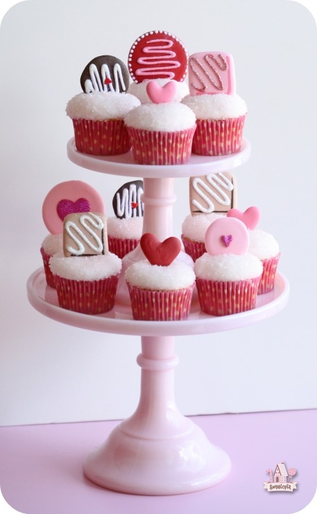 Valentine's Day Cookie & Cupcake Ideas | Sweetopia