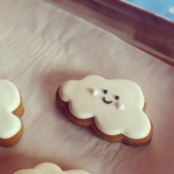 Cinnamon molasses cookie recipe and cloud cookie tutorial sweetopia