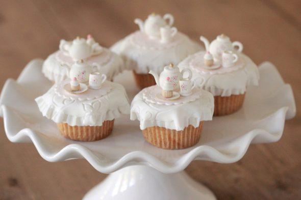 tea-party-cupcakes