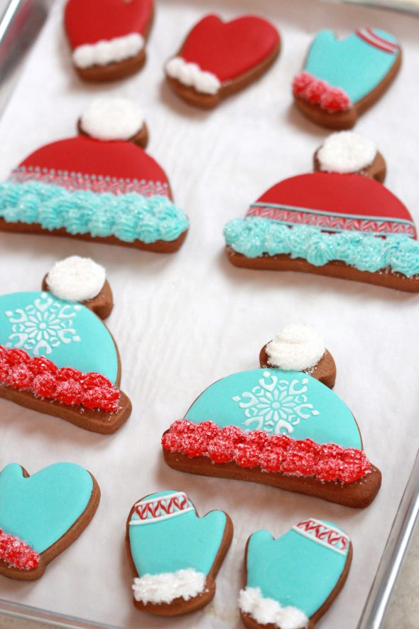 Winter Hat & Mitten Decorated Cookie How-To