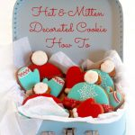 Hat and Mitten Decorated Cookie How To on Sweetopia