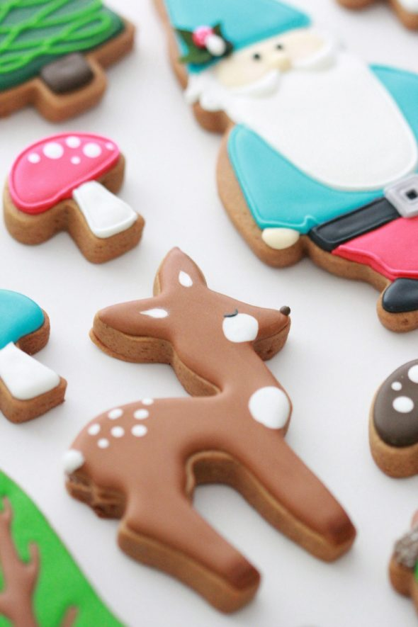 Forest-Cookies-Sweetopia-590x885.jpg