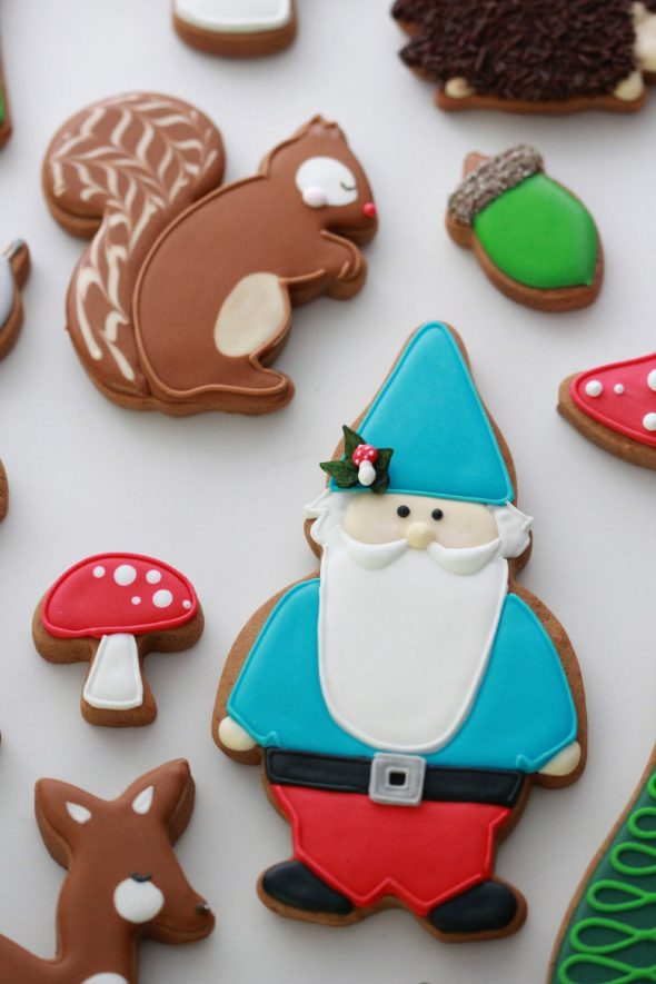 Gnome woodland decorated cookies sweetopia 590x885