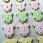 Onesie Baby Shower Cookies on Sweetopia
