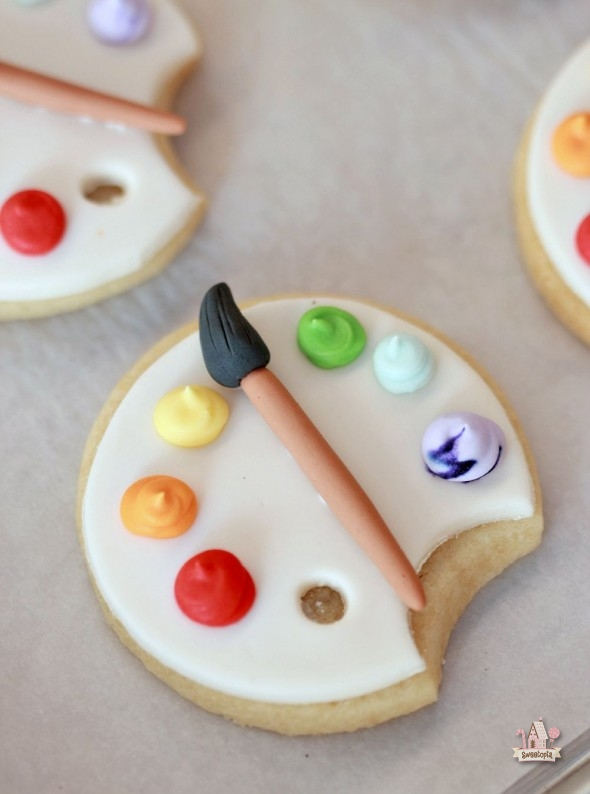 How To Cover Cookies With Fondant Art Palette Cookie Tutorial