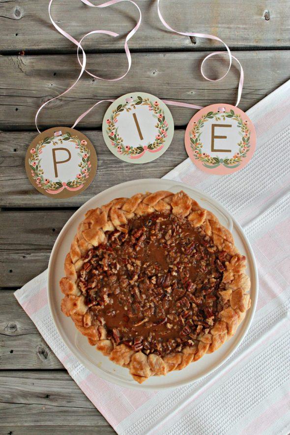 {Video} Pumpkin Pie with Dulce de Leche Pecan Streusel