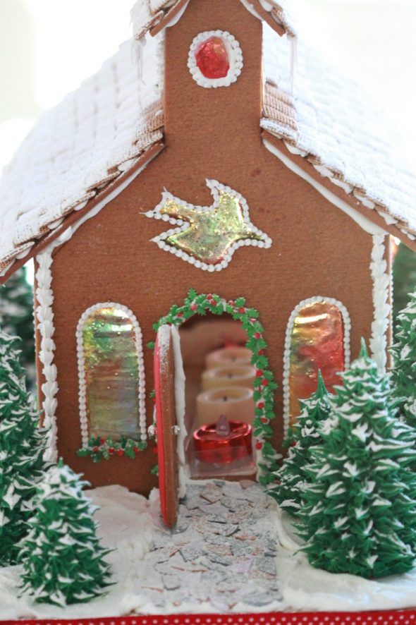 gingerbread-house-church