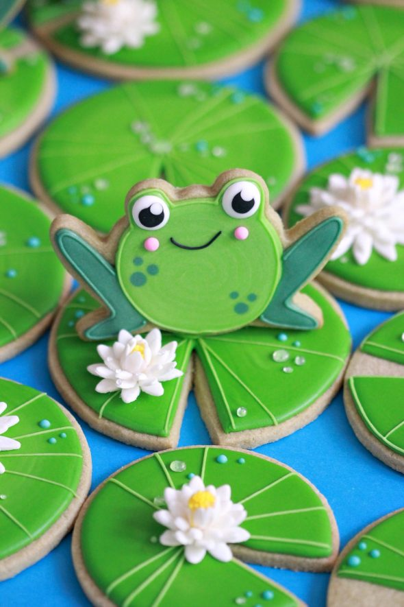 Matcha Sugar Cookie Recipe {& Frog on Lily Pad Cookies}