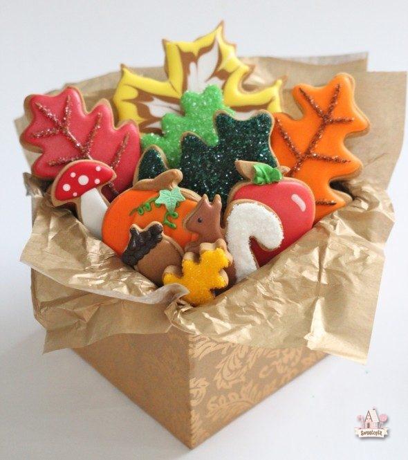 autumn-decorated-cookies-_-sweetopia
