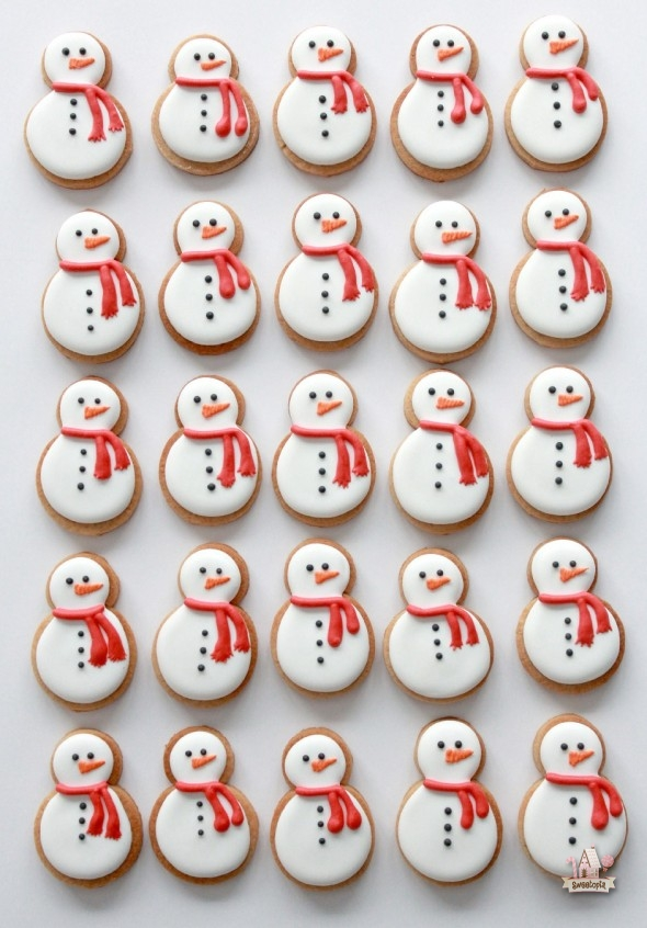 Video Tutorial On Decorating Snowman And Penguin Cookies Sweetopia
