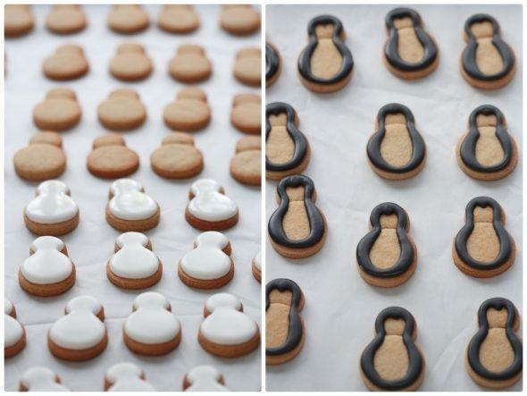 base-of-mini-snowmen-and-penguin-cookies-590x443