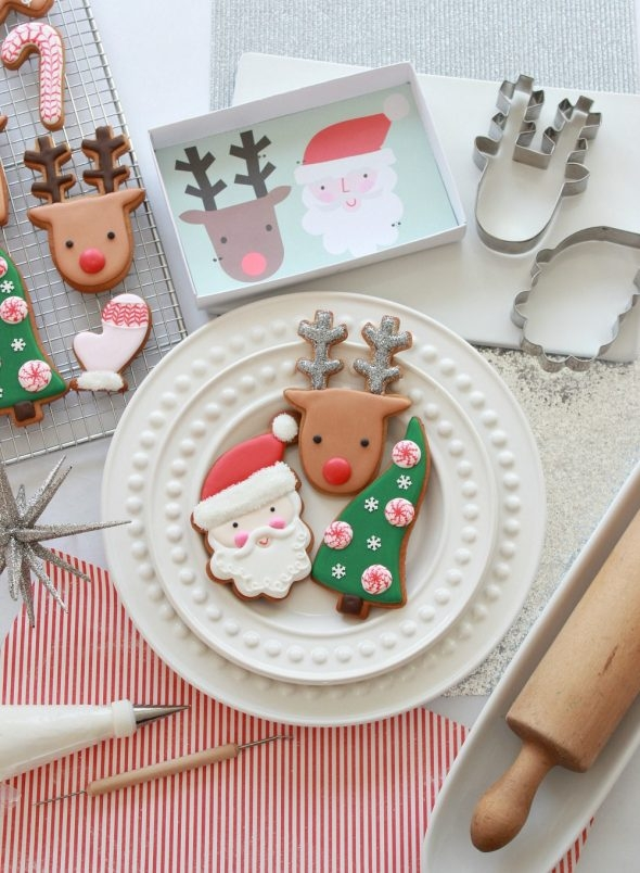video-tutorial-how-to-decorate-christmas-cookies