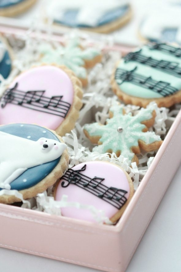 Winter and Music Note Decorated Cookies Sweetopia