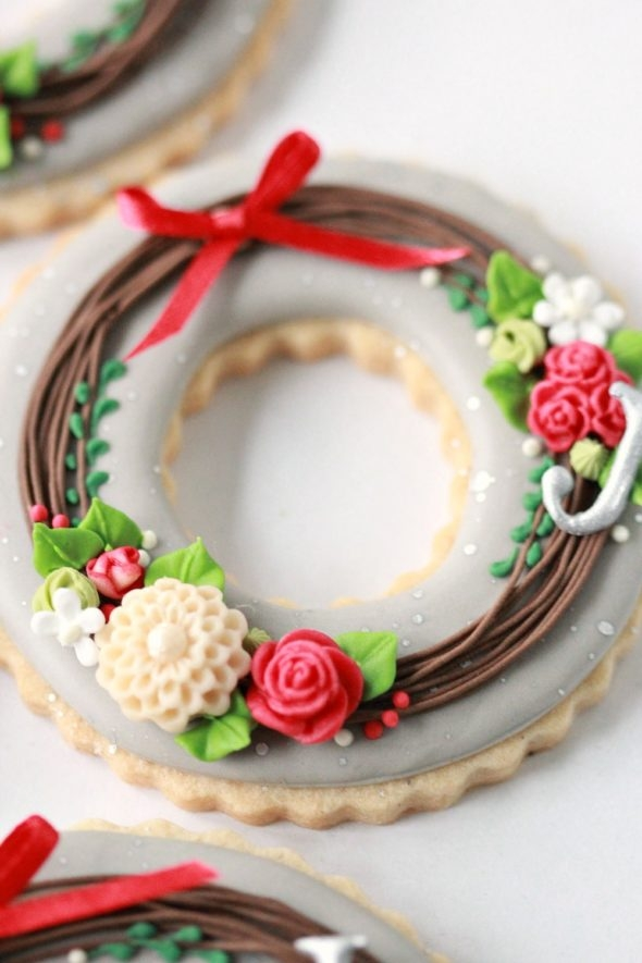 Wreath Decorated Cookie