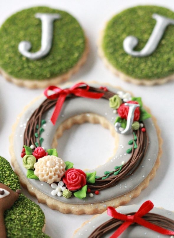 Wreath and Monogram Decorated Cookies