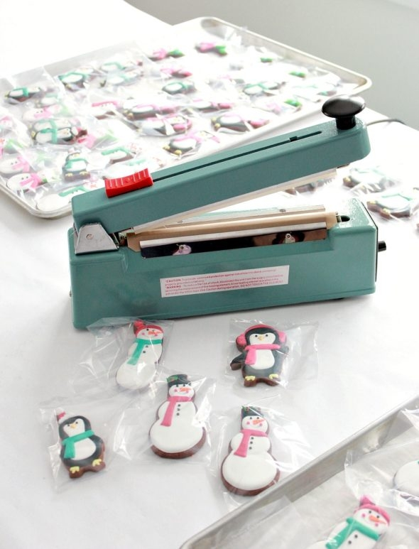 Heat Sealer for Decorated Cookie Cellophane Bags