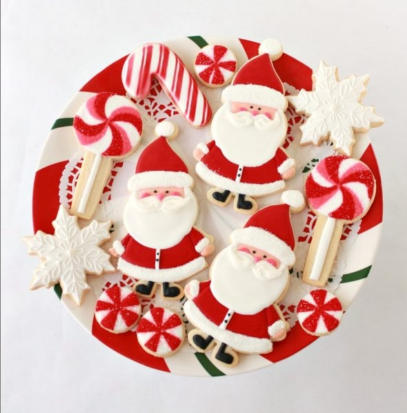How to Decorate Santa Cookies