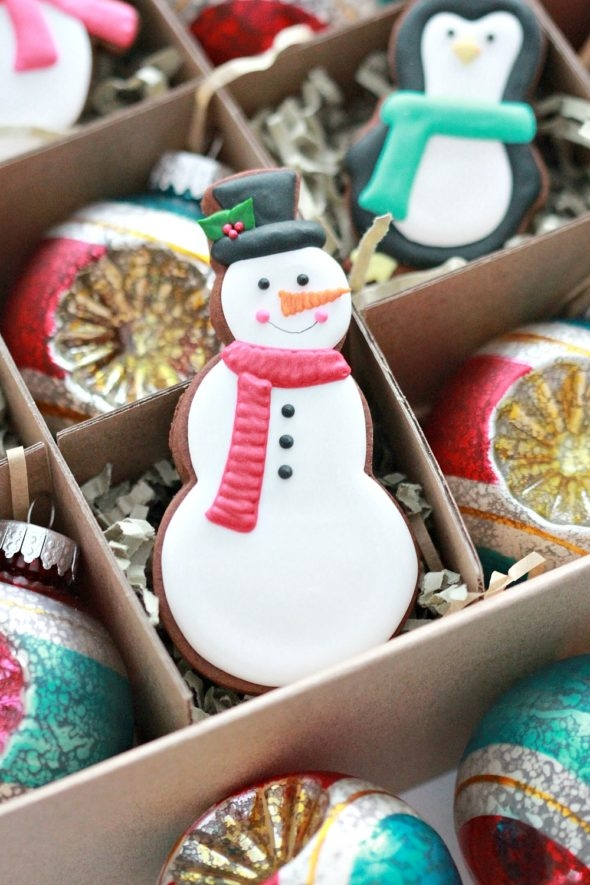 Snowmn Decorated Cookie