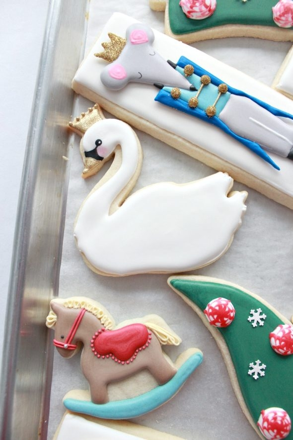 Swan Decorated Cookie
