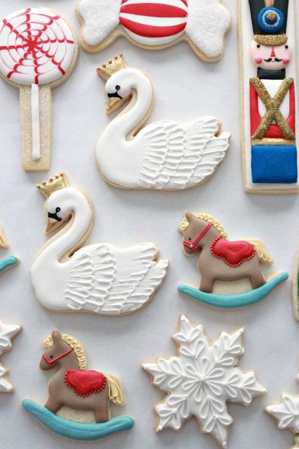 Swan Decorated Cookies