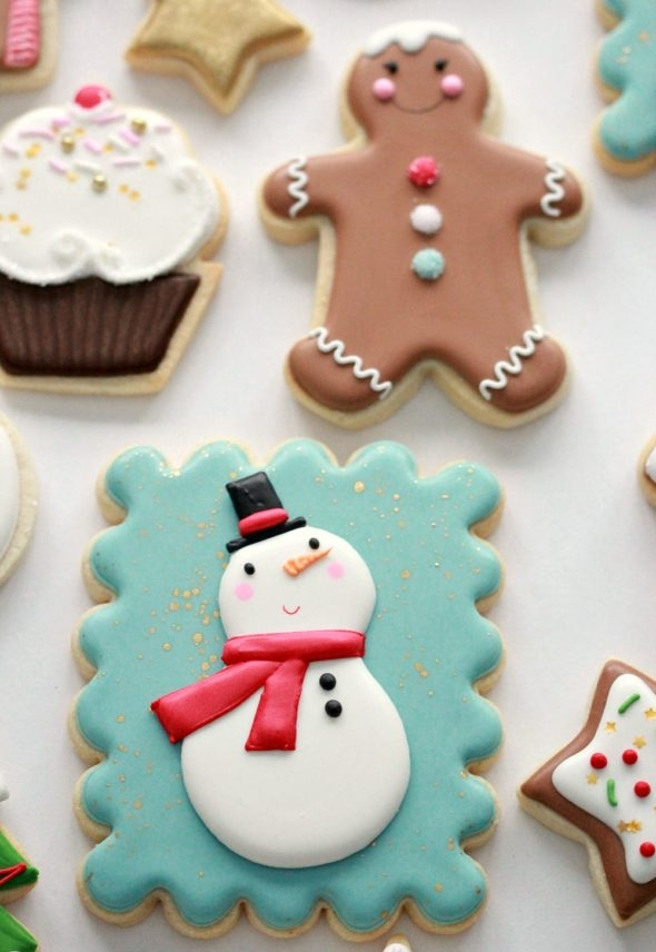 Decorated Christmas Cookies and Royal Icing Tips