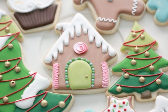 Royal Icing Tips and Christmas Cookies