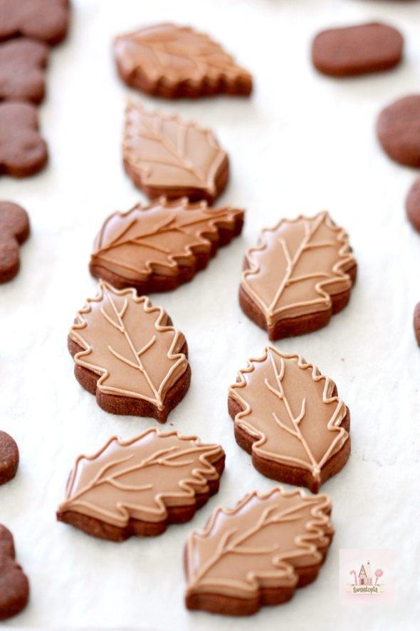Chocolate Leaf Decorated Cookies