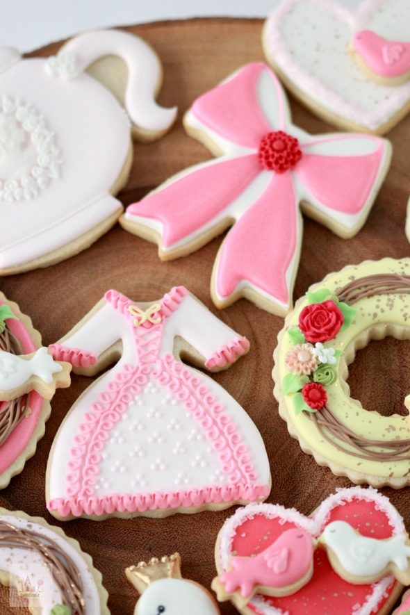 Valentine Decorated Cookies Video