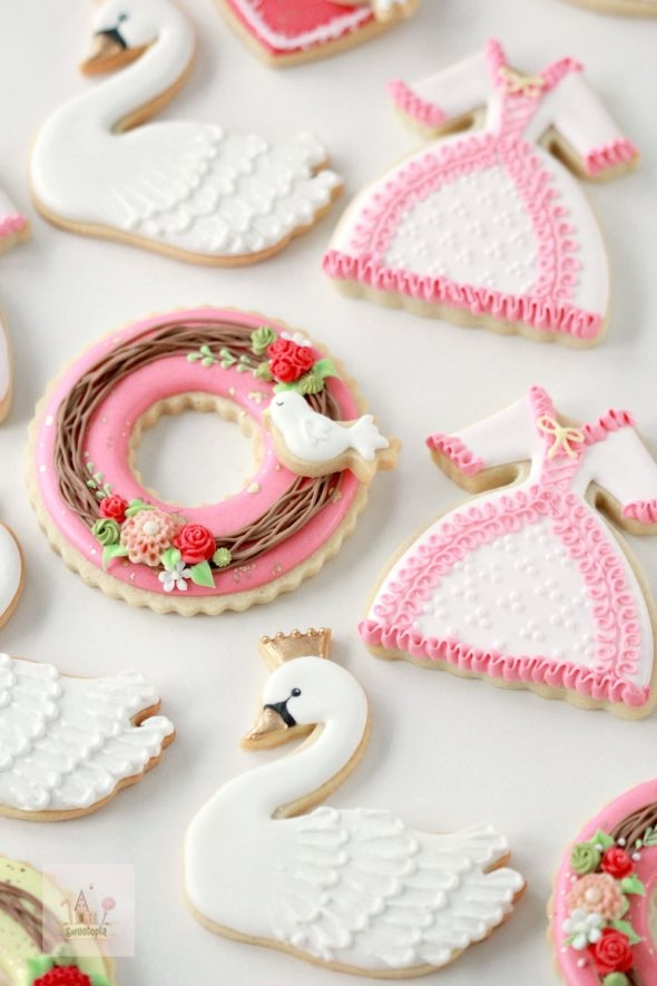 Video _ Valentine Decorated Cookies