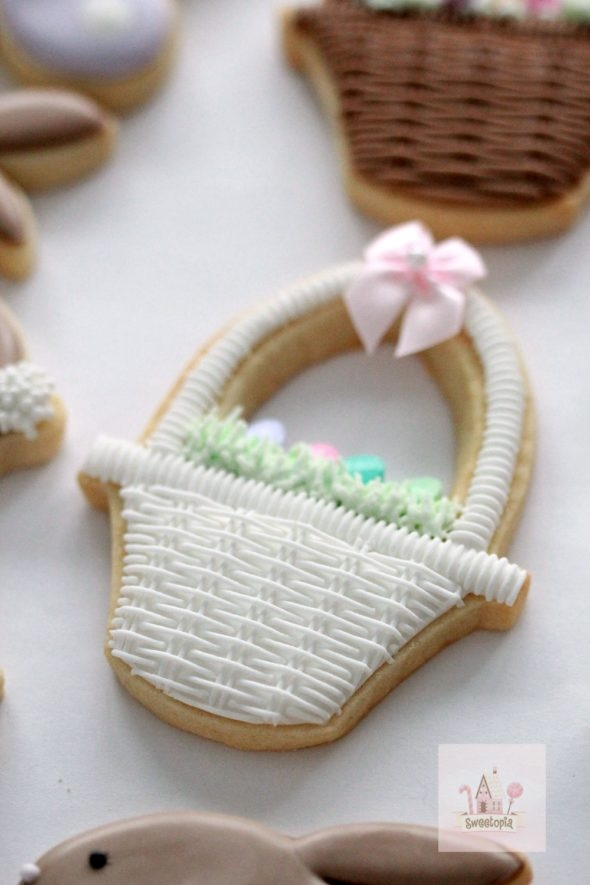 Basket Decorated Cookie